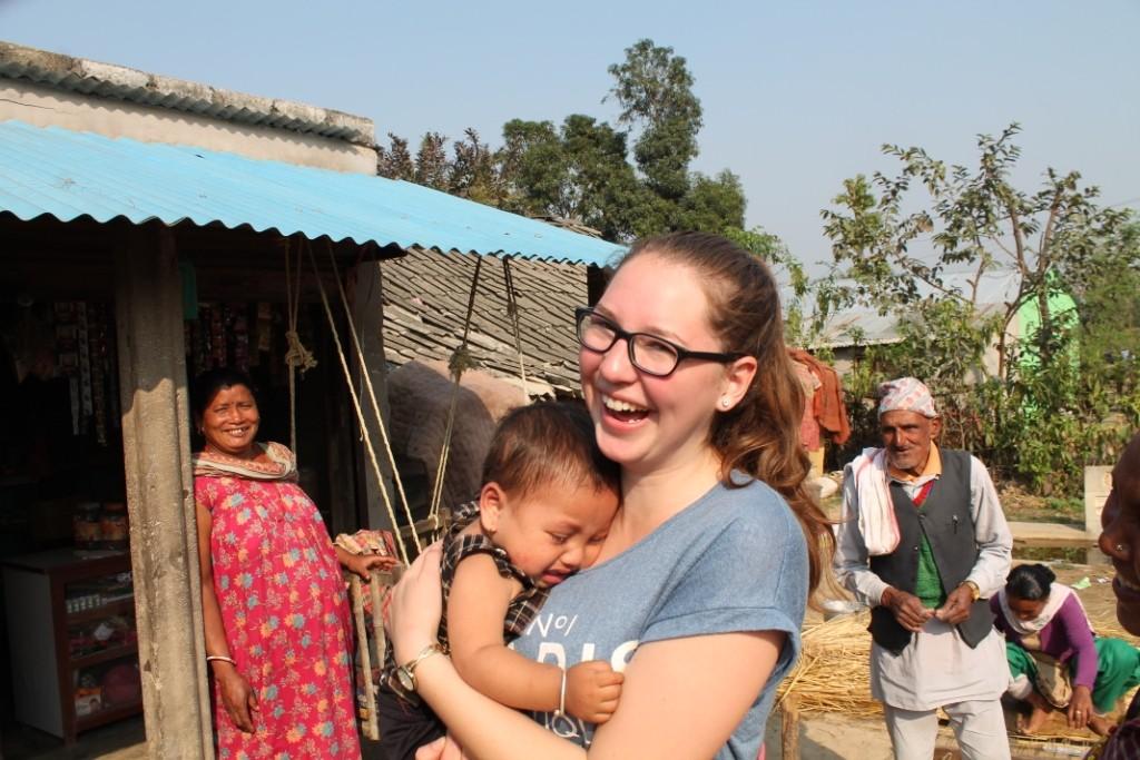 Eine Frau hat mir einfach so ihr Baby in den Arm gedrückt. Das Baby war weniger davon begeistert...